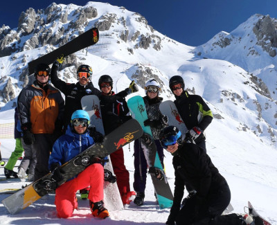 SG Snowboard Camp Together Picture