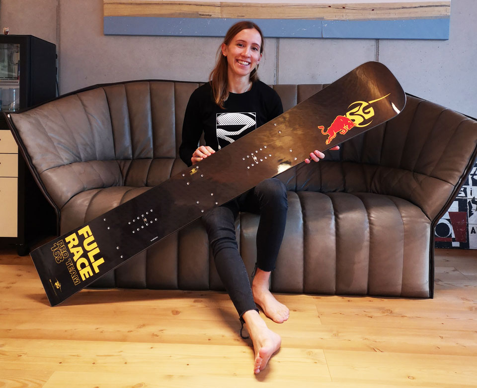 SG SNOWBOARDS Daniela Ulbing Full Race Pro Team 2019 photo by SG SNOWBOARDS