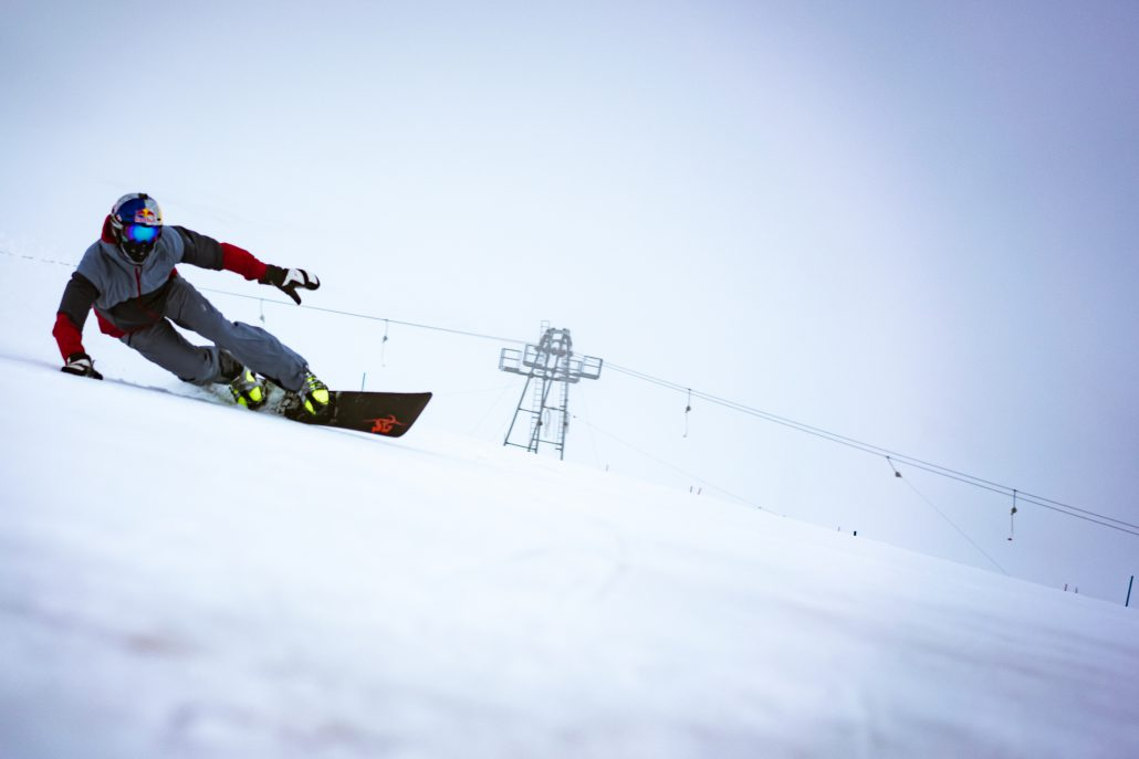 SG SNOWBOARDS Sigi Grabner BLACK Alpin Snowboard Stelvio Italy photo by Justin Reiter September 2020